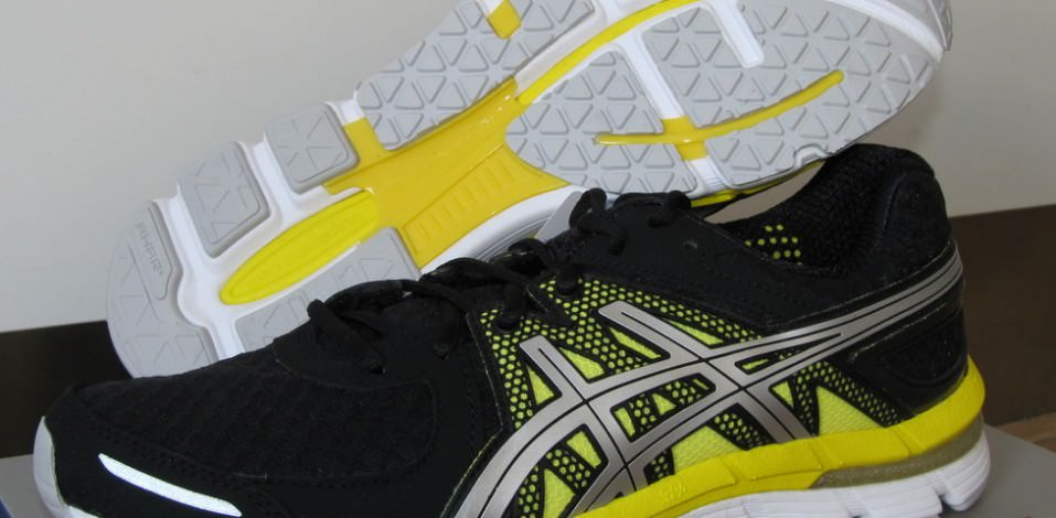 Asics Gel Excel 33 - Side View