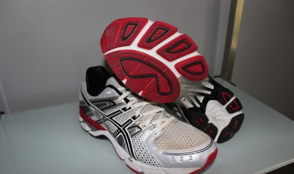 Asics GEL 3030 - Side and Outsole