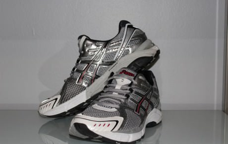 asics gel motion walking shoes reviews