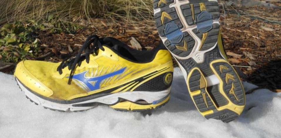 Mizuno Wave Rider 16 - Pair