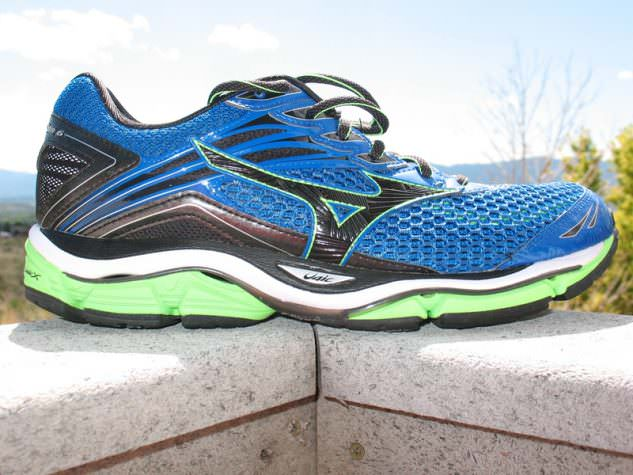 Mizuno Wave Enigma 6 - Lateral Side
