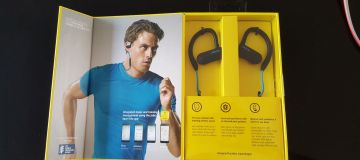 Jabra Sport Pace – Wireless Earbuds for Runners