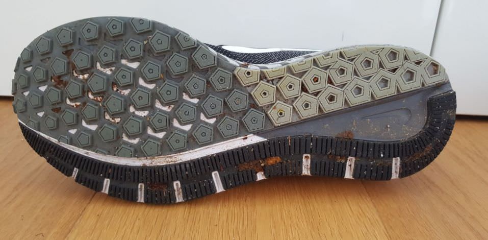 nike-zoom-structure-20-outsole