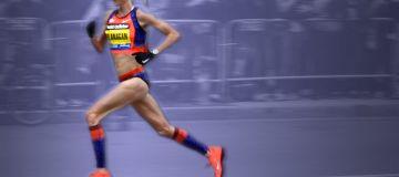 [Video] Shalane Flanagan Running Form: Learning from Elites