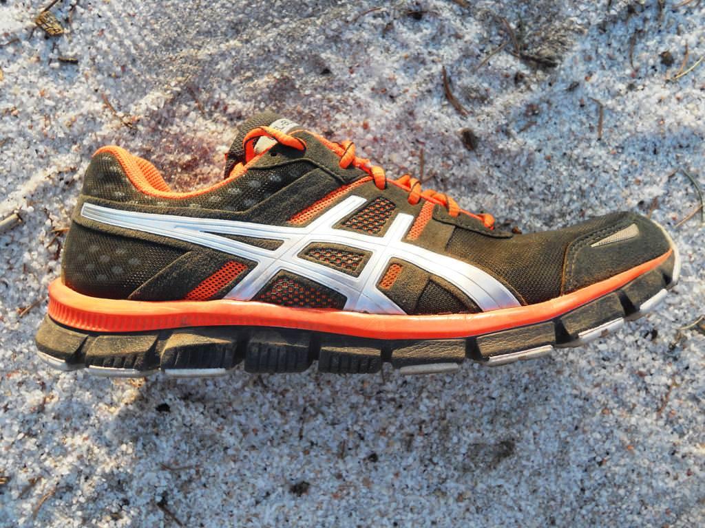 Asics Gel Blur 33 Running Shoes Review | Running Shoes Guru