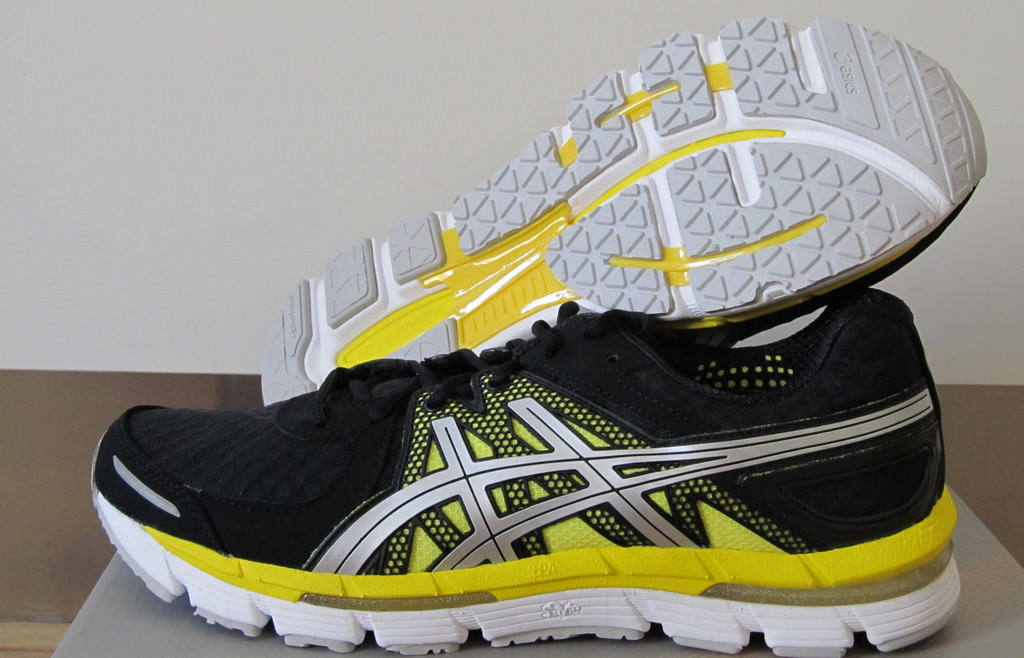 Asics GEL EXCEL33 2 Womens Running Shoes | Chain Reaction Cycles