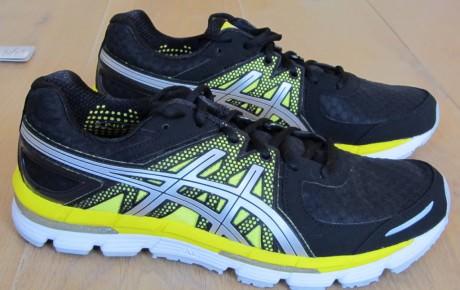 asics running shoes ranking