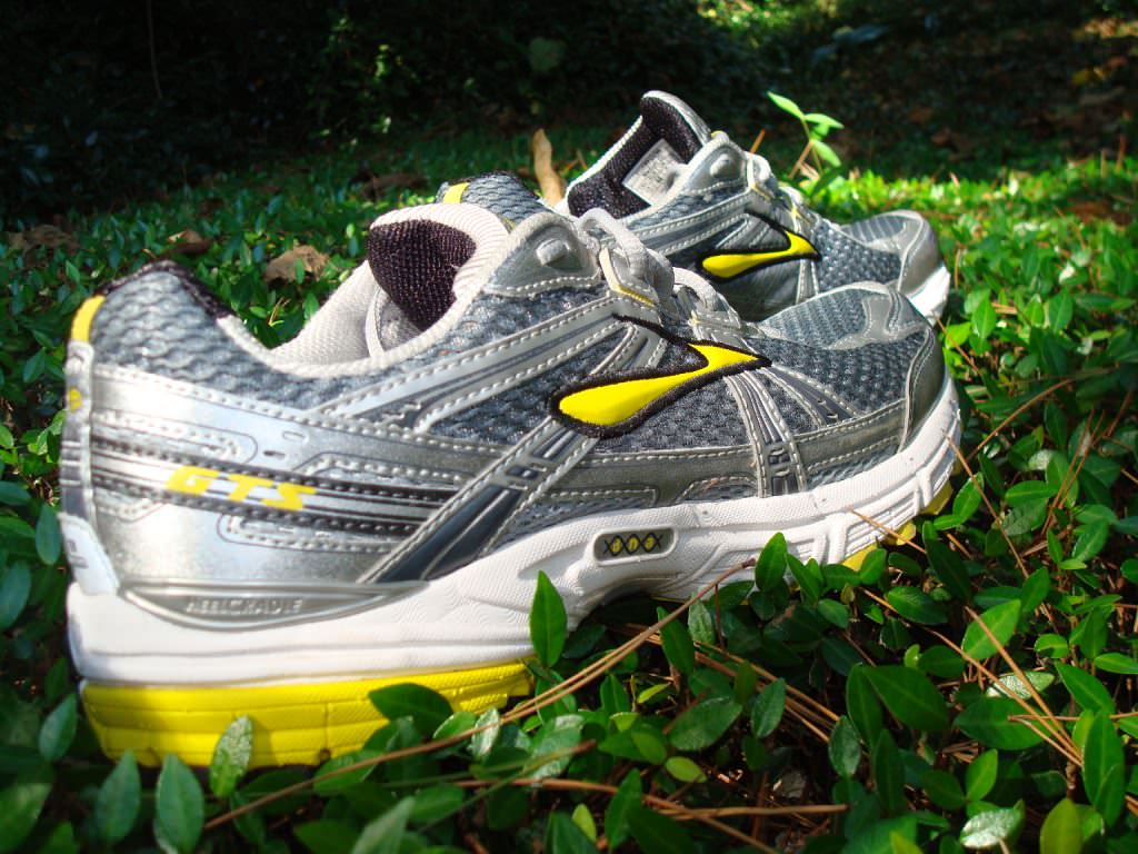 ccd5d67b318 Brooks Adrenaline GTS 11 Running Shoes Review