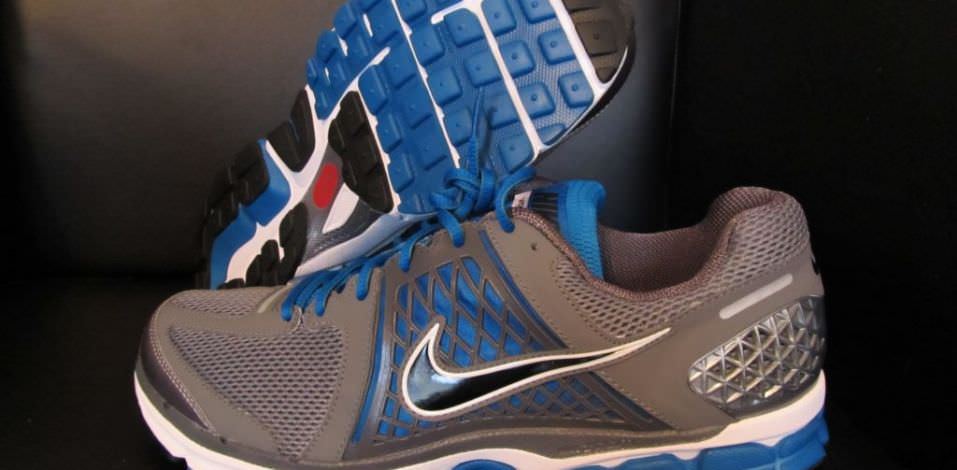 competitive price 30ecf 628c6 ... Nike Zoom Vomero 6 Pair