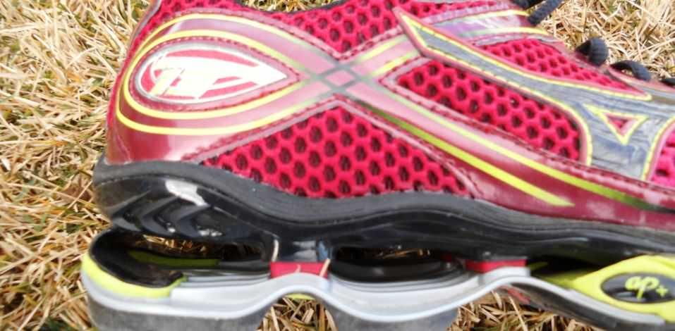 new product 8eadc 38cbe ... Mizuno Wave Creation 13 - Detail of the Heel
