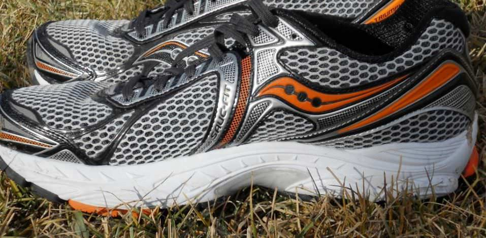 Saucony PowerGrid Triumph 9 - Medial View