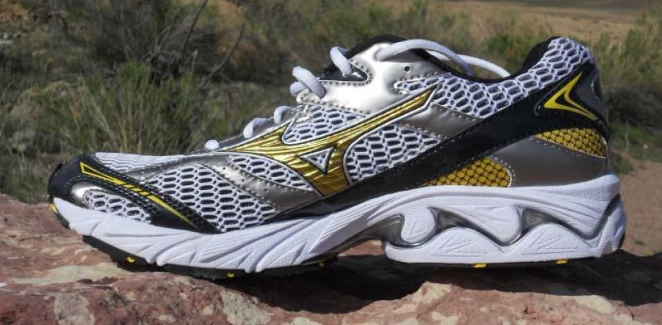 Mizuno Wave Nexus 6 - Medial