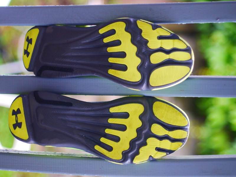 Bajo Speedform Apolo Zapatos Para Correr Opinión De Las Mujeres De La Armadura ctBU0TT