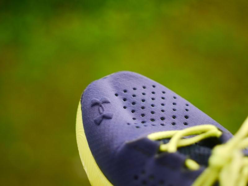 Bajo Speedform Apolo Zapatos Para Correr Opinión De Las Mujeres De La Armadura sESRX0vhGr