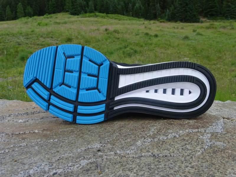 9e2e8b3452a4 Nike Zoom Vomero 10 Review