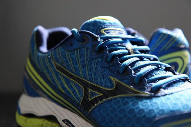 Mizuno Wave Paradox 2 - Medial Side
