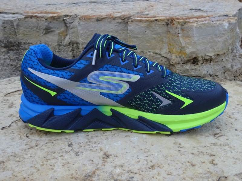 Skechers GOrun Forza - Medial Side