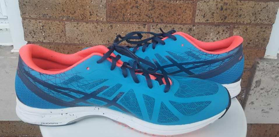 ASICS GEL-DS Racer 11 - Medial Side