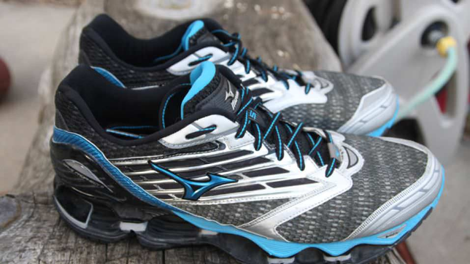 newest 9534f d6801 Mizuno Wave Prophecy 5 - Pair
