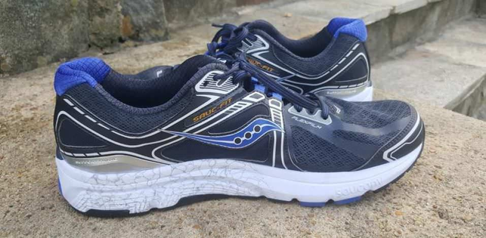 Saucony ReviewRunning Shoes 15 Guru Omni txshQrdCB