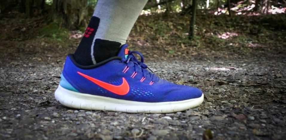should nike free be worn with socks