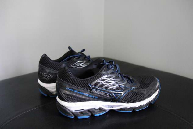 Mizuno Wave Paradox 3 - Medial Side