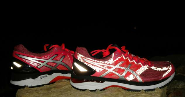 Asics GT-2000 LiteShow - lateral Side
