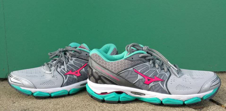 Mizuno Wave Horizon - Pair