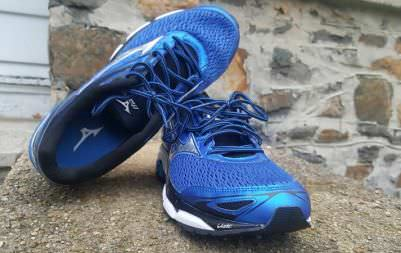 Structured Running Shoes For Flat Feet