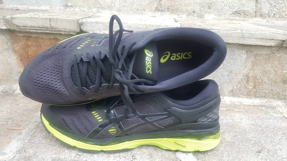 851a745eff8 Asics Gel Kayano 24 - Lateral Side and Top