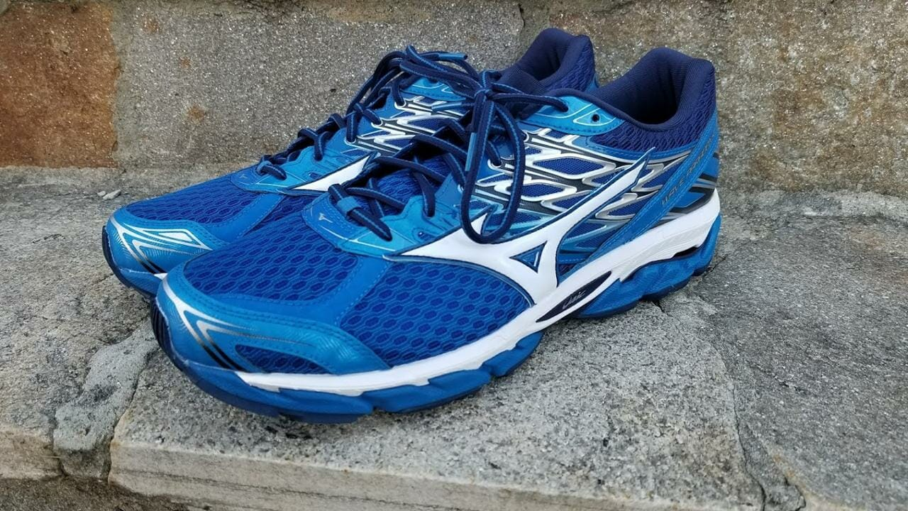 Mizuno Wave Paradox 4 - Lateral Side