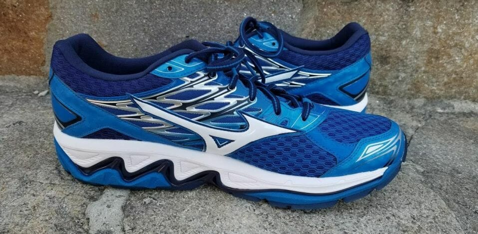 Mizuno Wave Paradox 4 - Medial Side