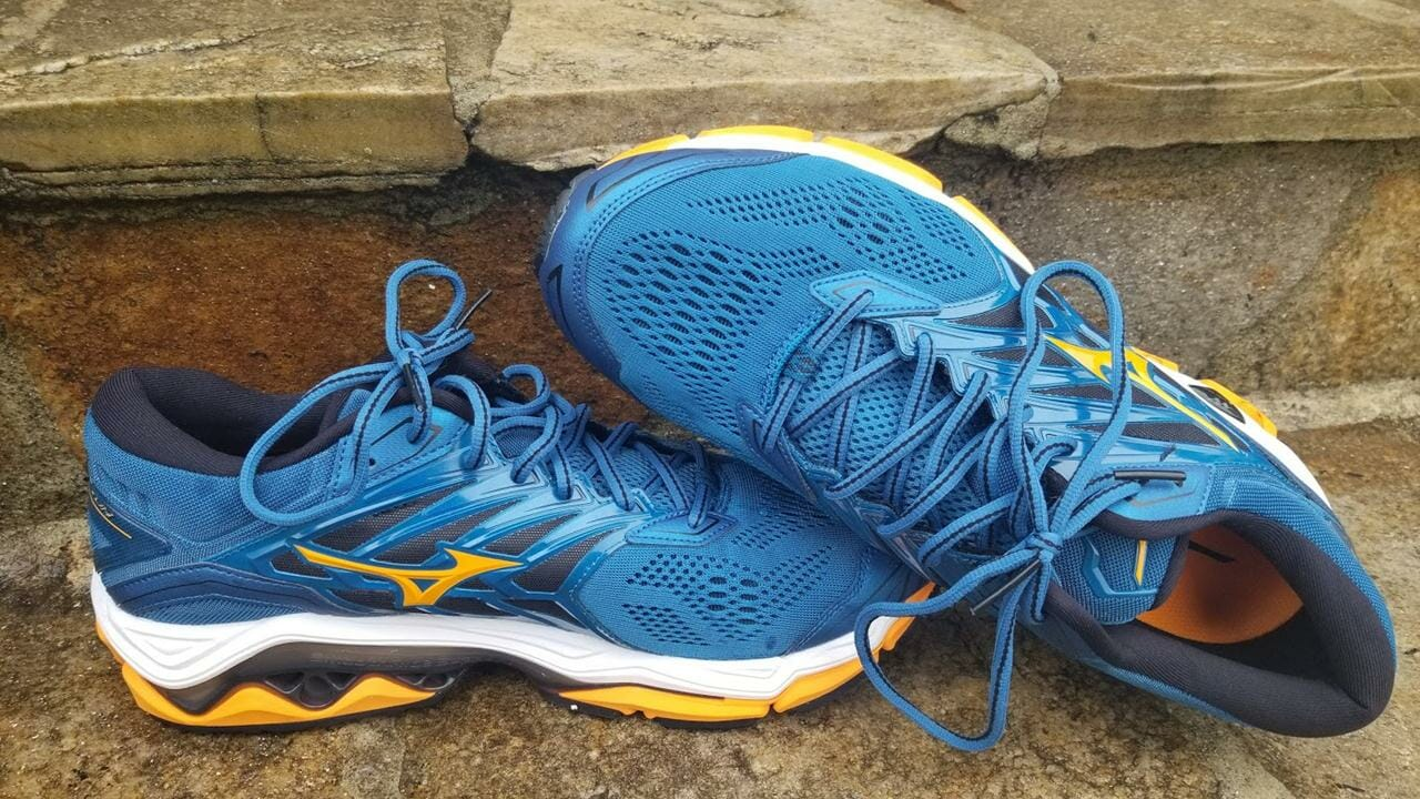 Mizuno Wave Horizon 2 | Running Shoes Guru