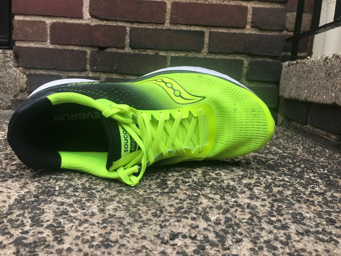 Saucony Breakthru Running Shoes Review