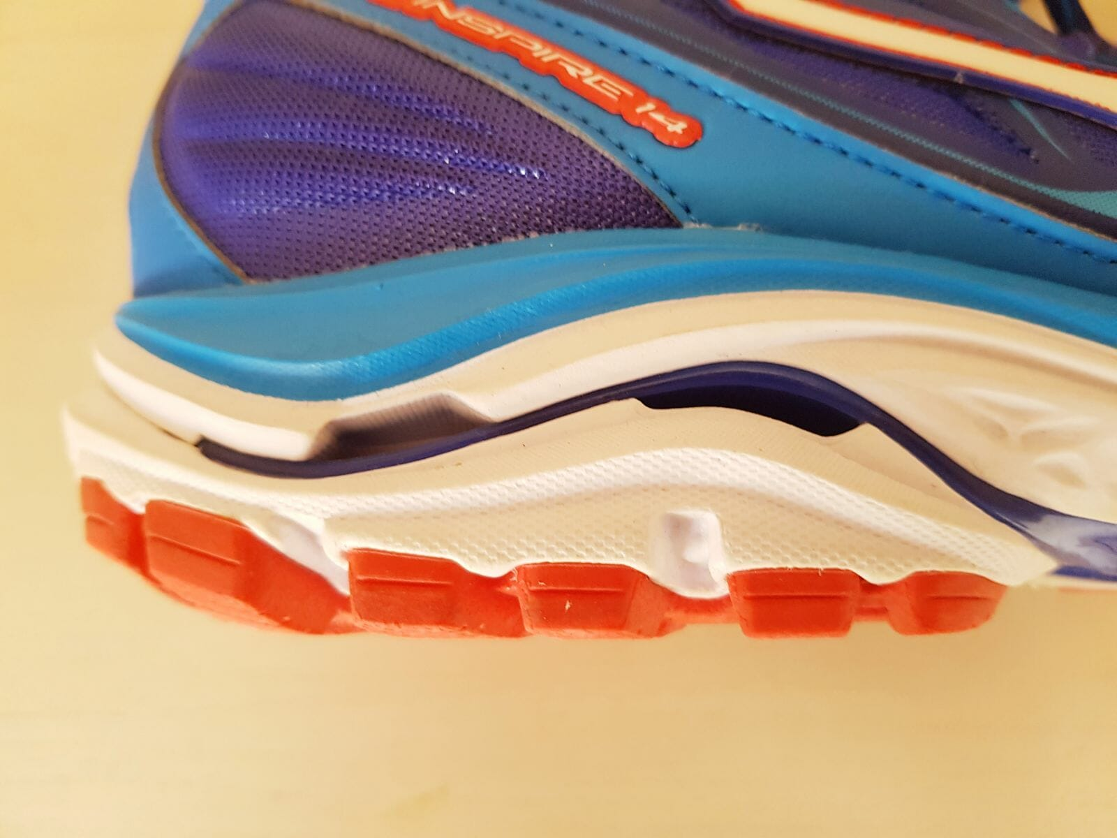 Mizuno Wave Inspire 14 - photo 4