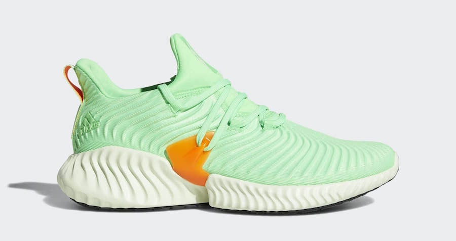 buy online 0425e eb5eb Adidas AlphaBounce Instinct Overview