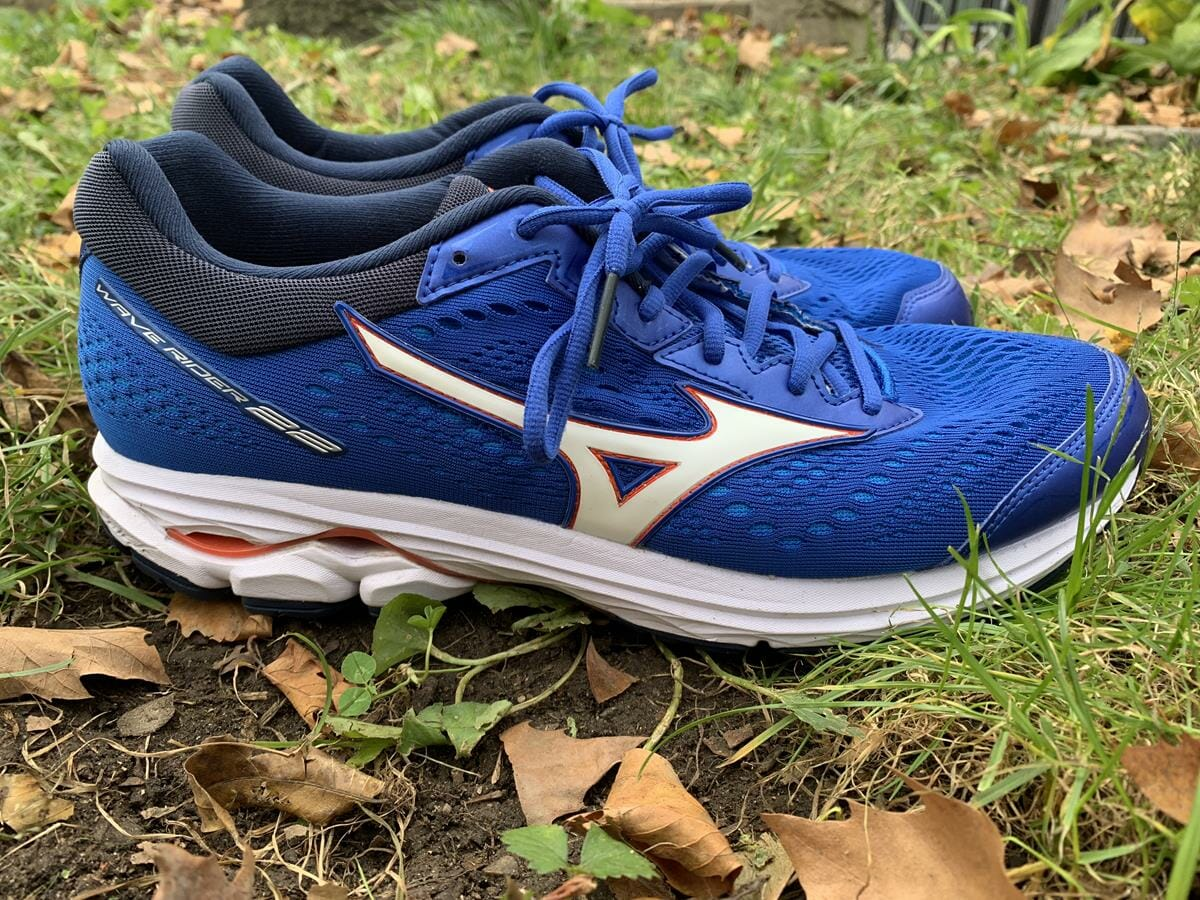 Mizuno Wave Rider 22 Review | Running Shoes Guru