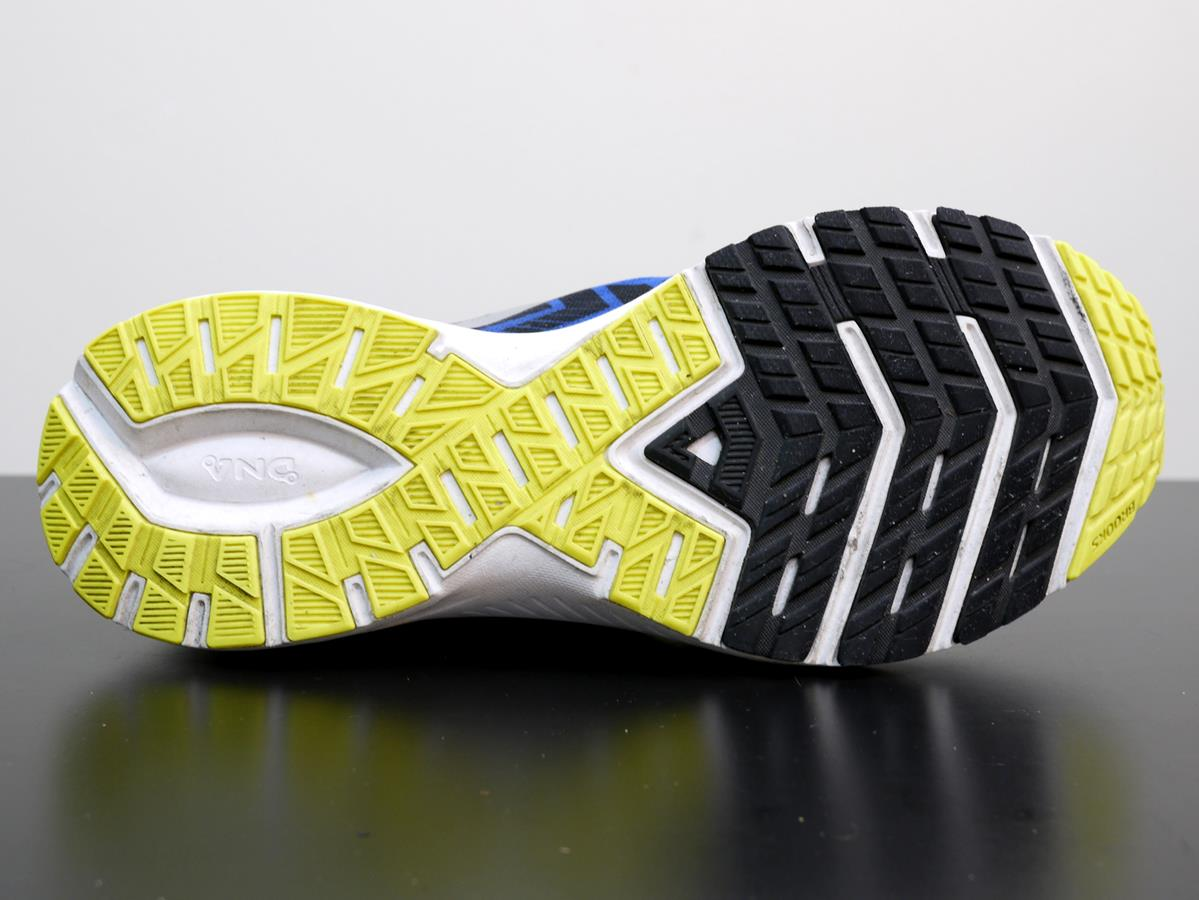 Brooks Launch 6 - Sole