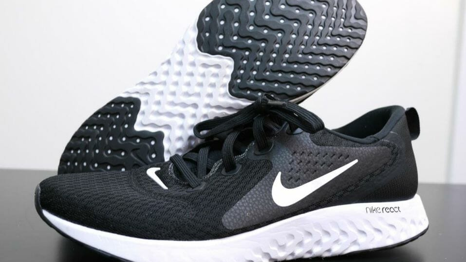 Nike Legend React - Pair