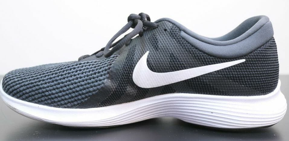 Nike Revolution 4 - Medial Side