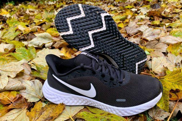 Nike Revolution 5 - Image 03