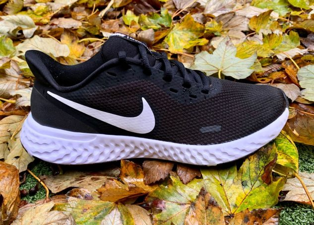 Nike Revolution 5 - Image 06