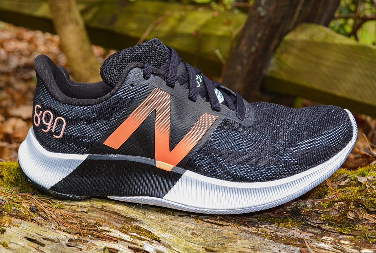 New Balance 890 v8 Review
