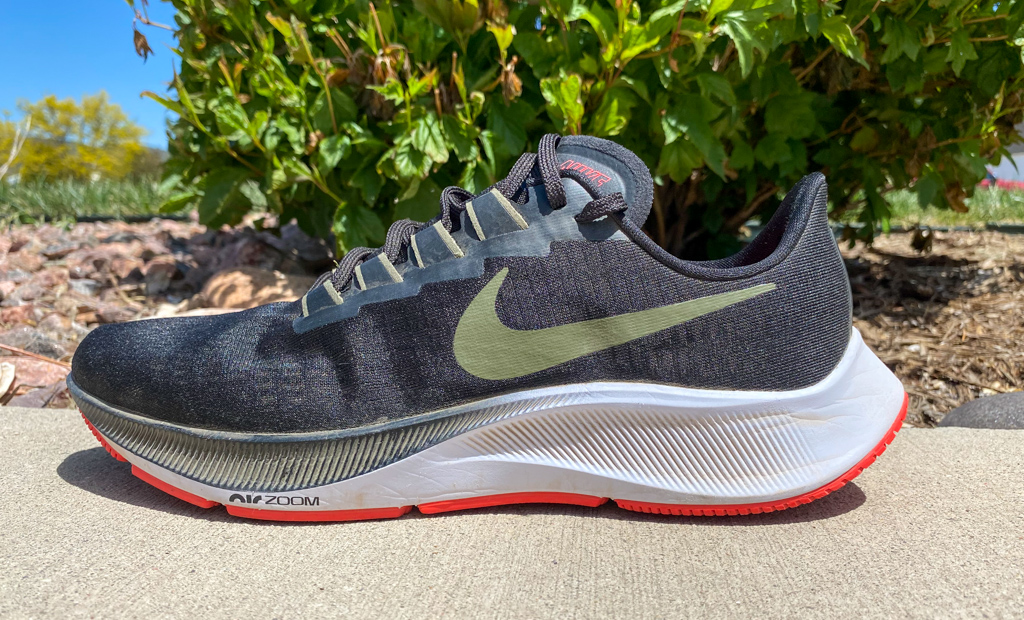 Peligro Distribución El principio  Nike Zoom Pegasus 37 Review | Running Shoes Guru