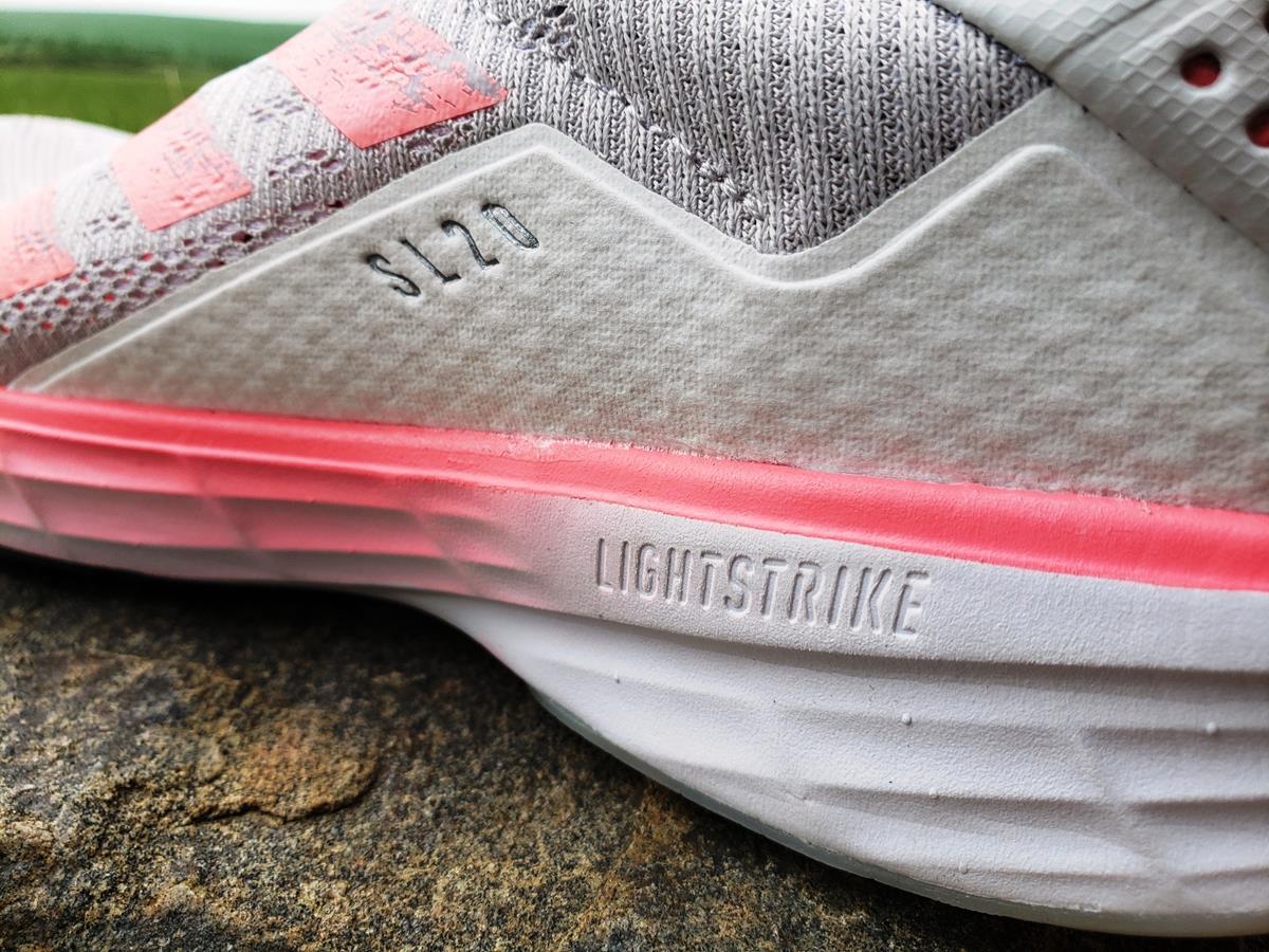Adidas SL20 - Closeup