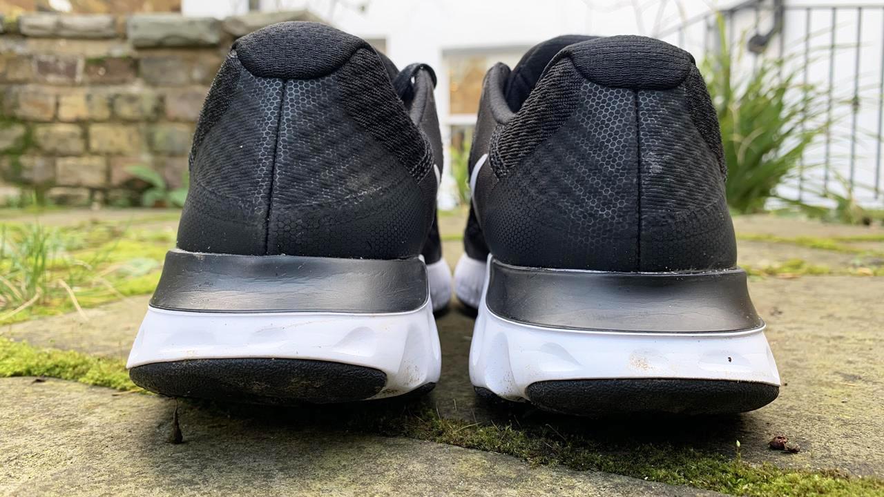 Nike Renew Run 2 - Heel
