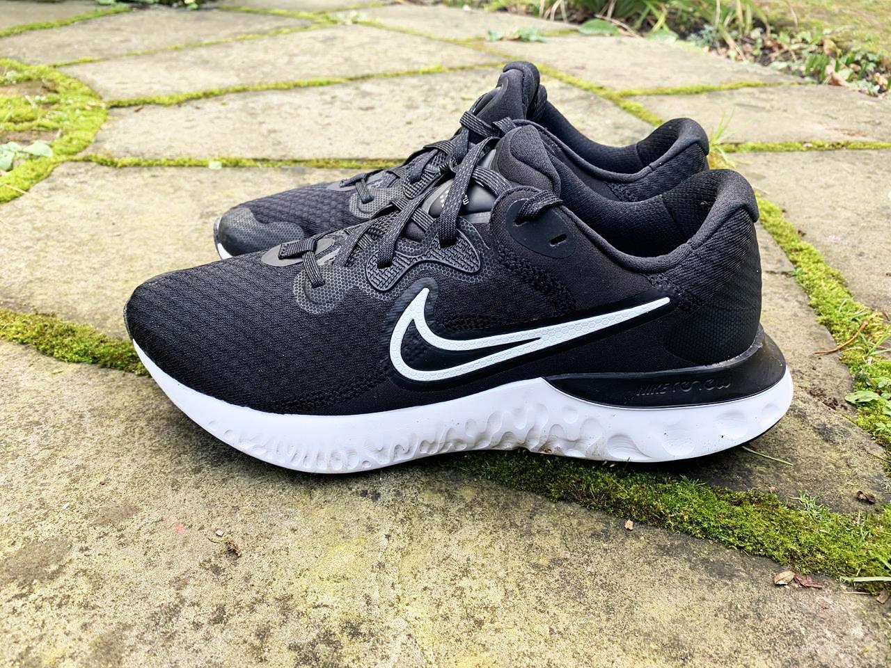 Nike Renew Run 2 - Lateral Side