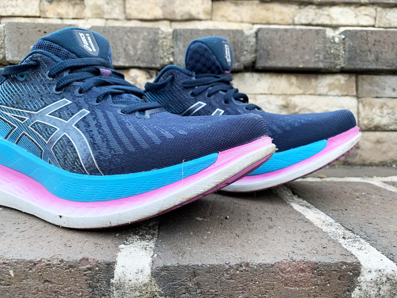 Asics GlideRide 2 - Lateral Side