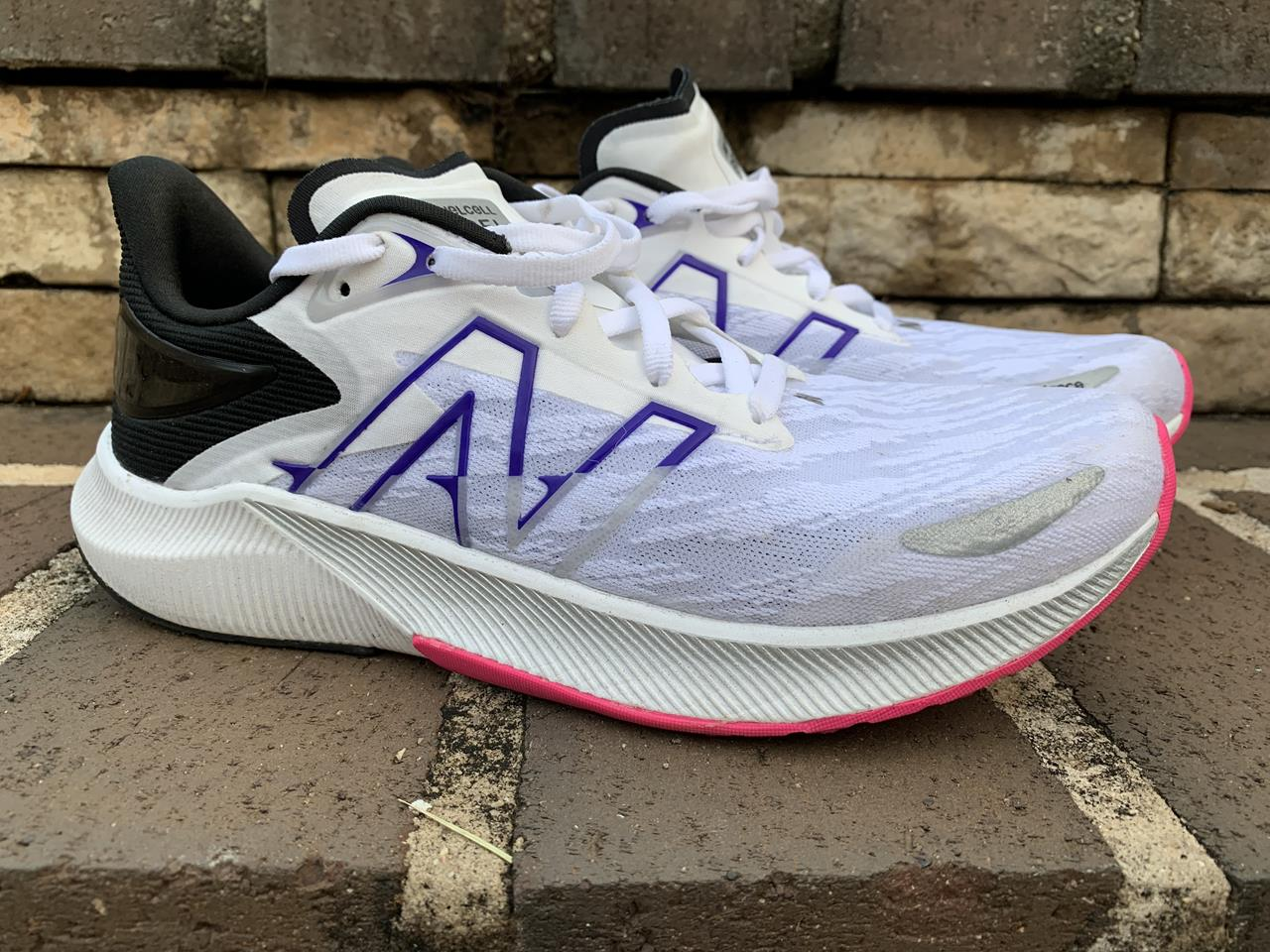 New Balance FuelCell Propel v3 - Lateral Side
