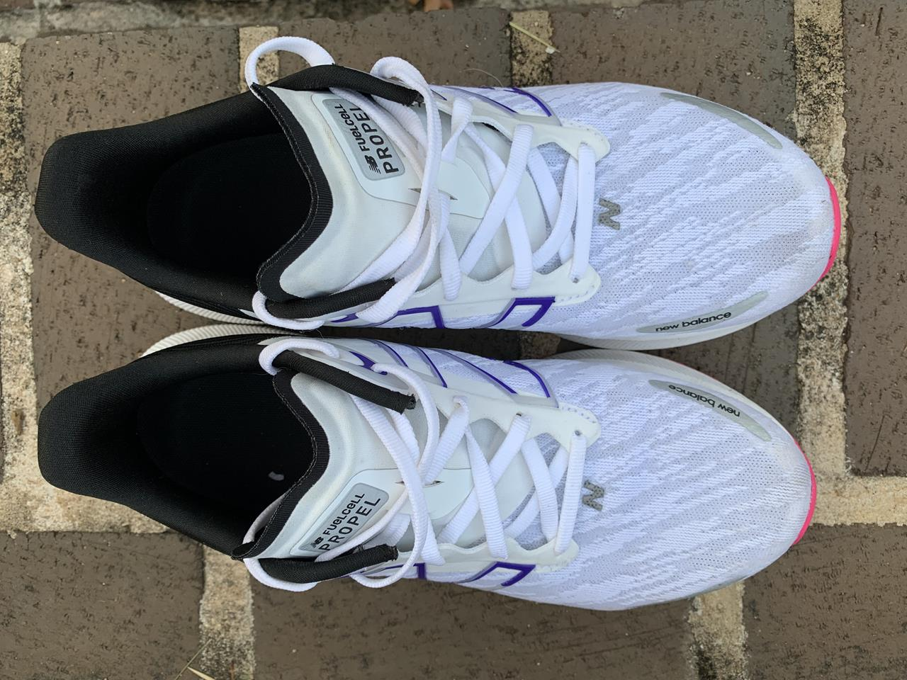 New Balance FuelCell Propel v3 - Top